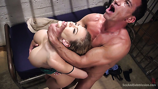 heavy tongue kissing hot adult free pictures